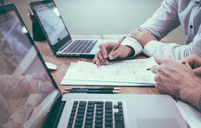 会社案内のホームページ以外のweb活用法もご提案いたします。