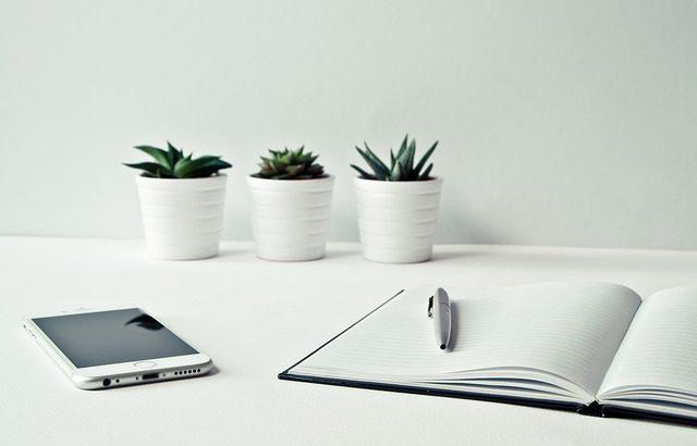 ホームページビルダーで、会社やお店のホームページ制作するのは正解?